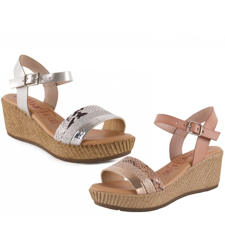 Very comfortable wedge sandals
