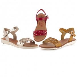 Women's flat comfort sandals