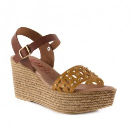 Comfortable high wedge sandal 6