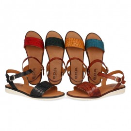 Women's flat leather sandals