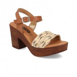 Comfort heel woman sandal