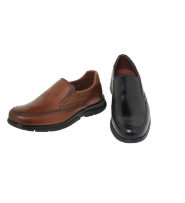 Wide men's loafers