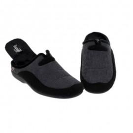 Comfortable men's slippers
