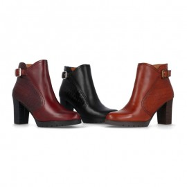 Woman high heel ankle boots