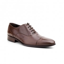 Man dress brown shoes