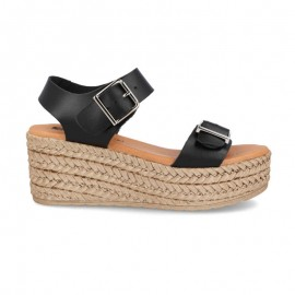 Woman platform sandals with buckles