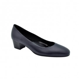 Women's shoes small sizes