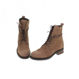 Woman suede leather ankle boots