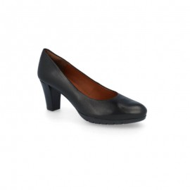 Leather hostesses shoes