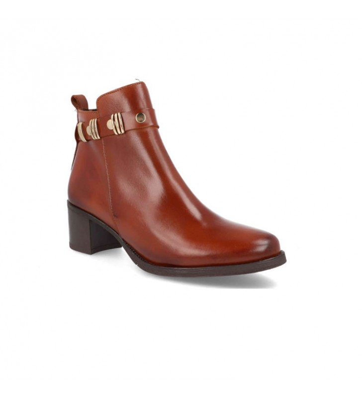 Elegant and comfortable ankle boots