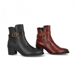 Woman leather dress ankle boots