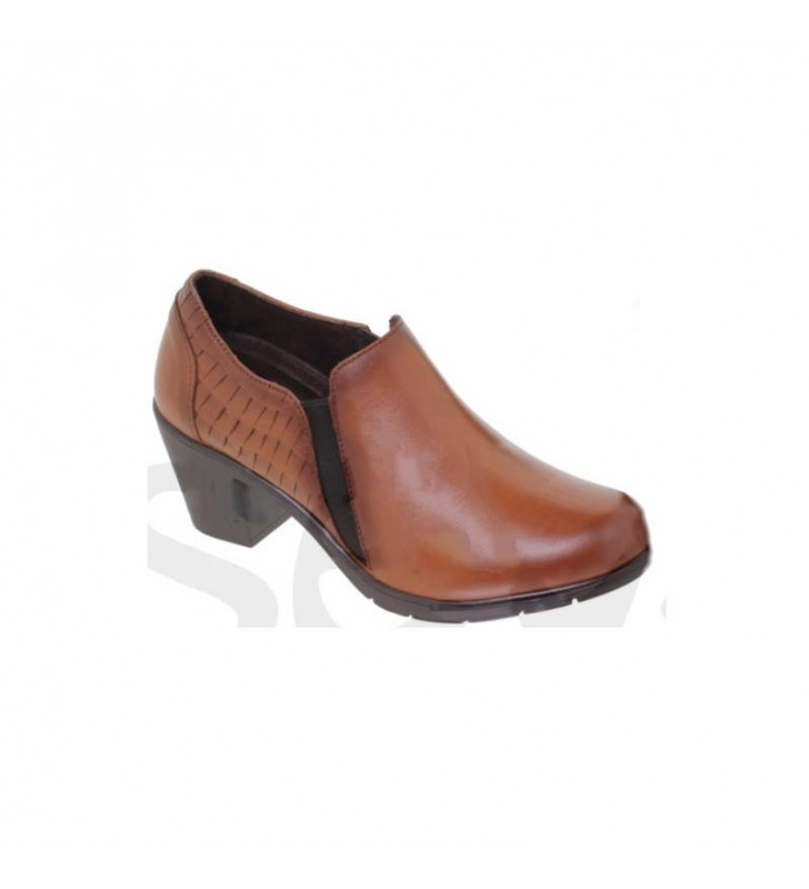 Women's low-top leather shoes