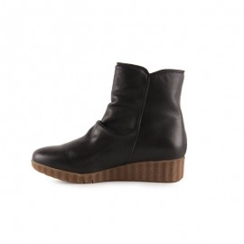 Women's comfort leather ankle boots