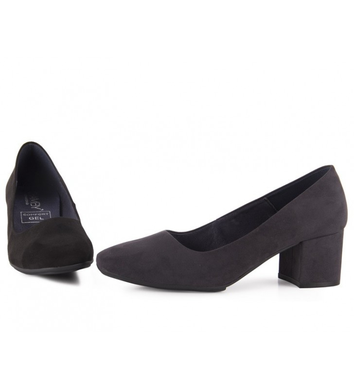 Lounges woman low heel