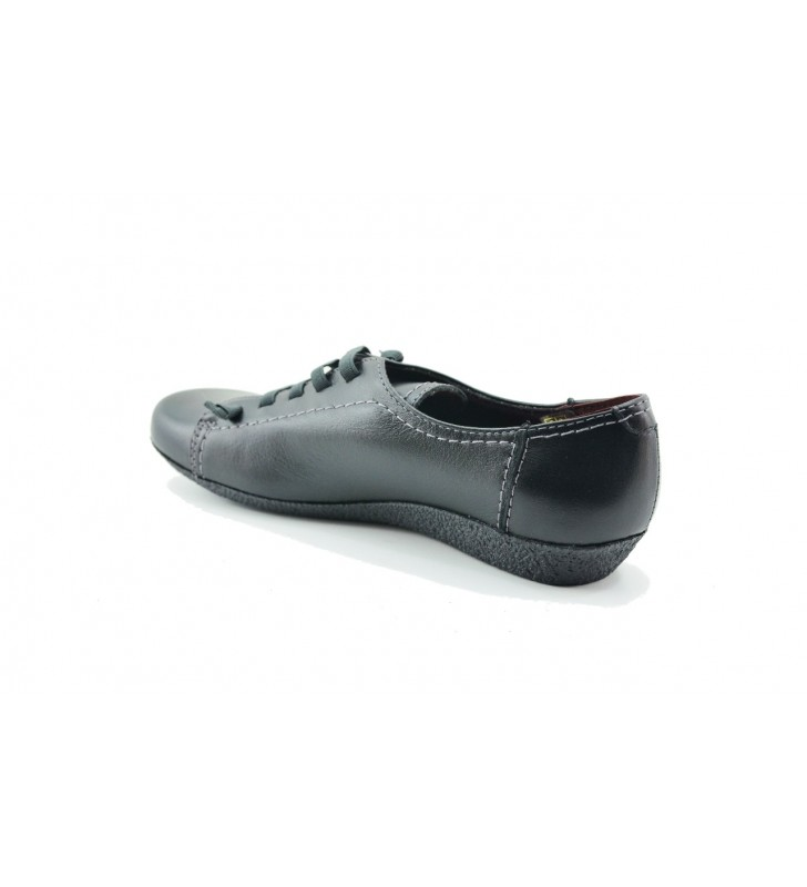 Casual sport woman shoe