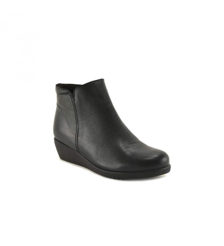 Woman Black Tupie ​​Bootie 1