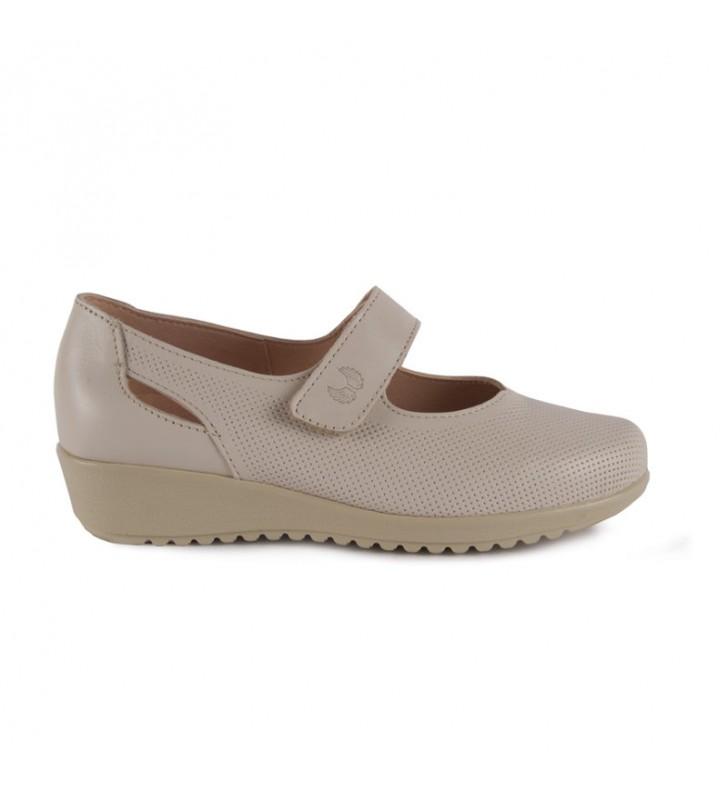 Velcro comfort shoe