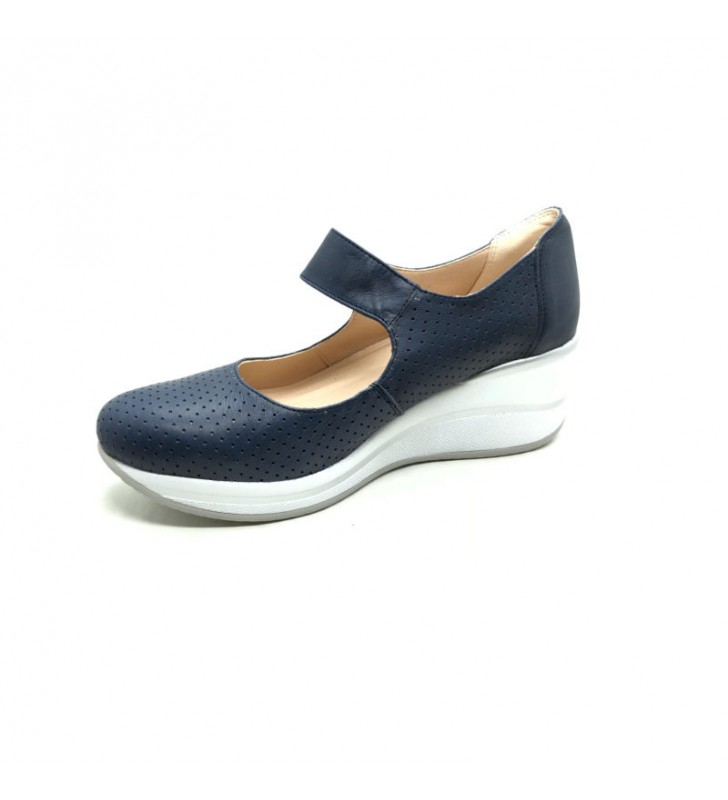 Velcro Women Comfortable Shoes