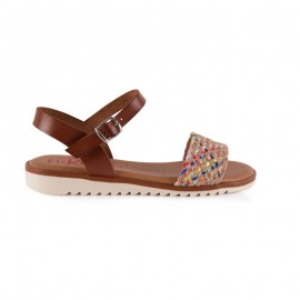 Woman flat leather sandal