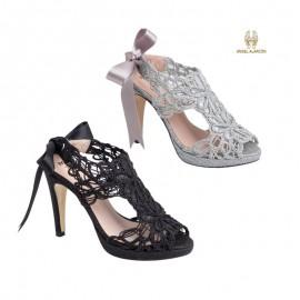 Comfortable woman party shoe