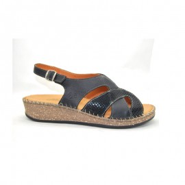 Woman Padded Floor Sandal
