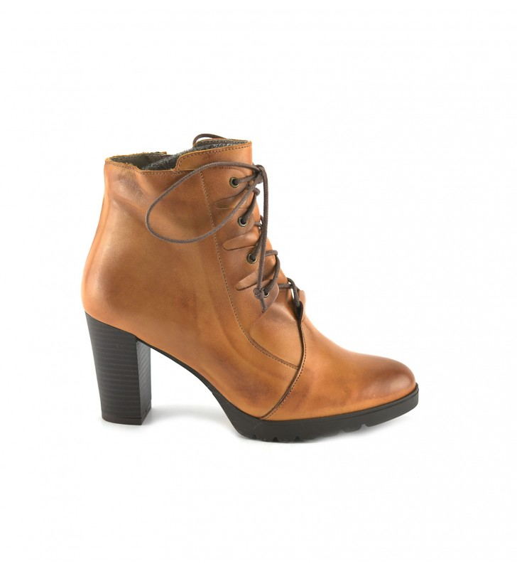Booties Woman Heel Leather Laces