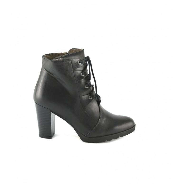 Booties Woman Heel Laces Black