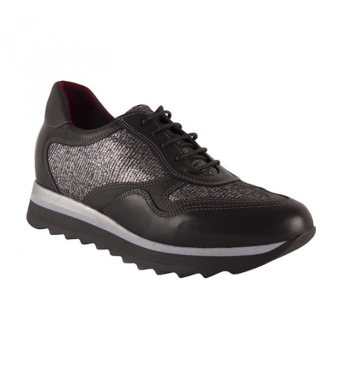 Women's Shoes With Inner Wedge