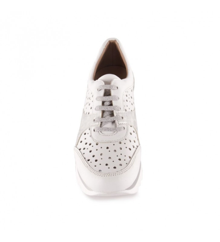 Urban sneakers removable insole