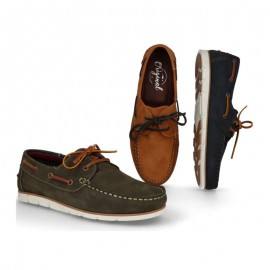 Man leather boat shoes