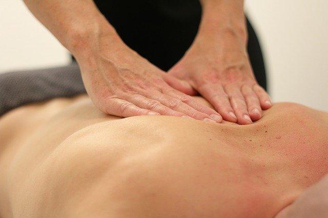 massage-3795691_640