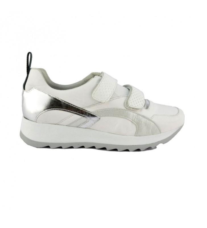 zapatillas-urbanas-chica-piel